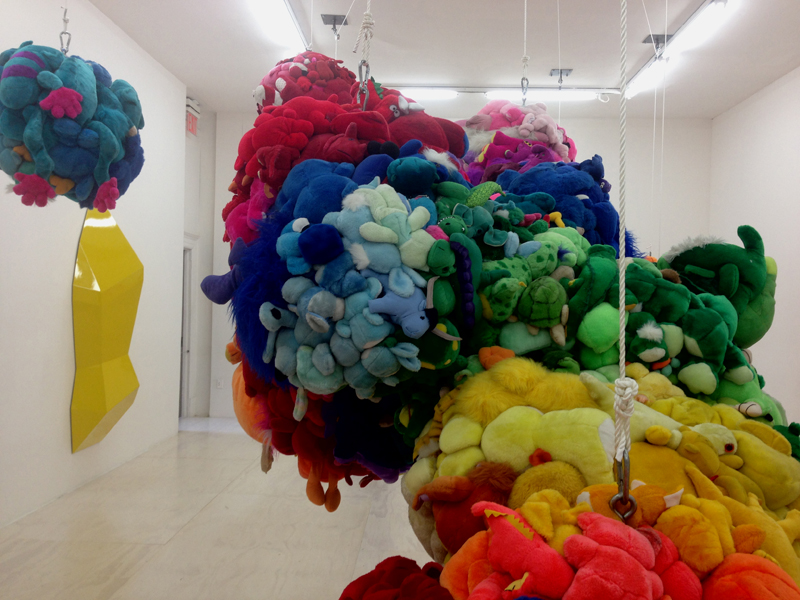 Mike Kelley - Deodorized Centrall Mass With Satellites. Foto de Leila Jacue